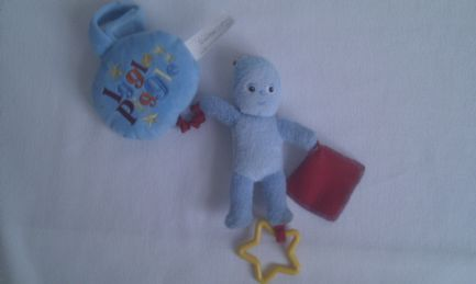 Adorable My 1st Baby 'Igglepiggle' In the Night Garden Vibrating & Rattle Pram Plush Toy